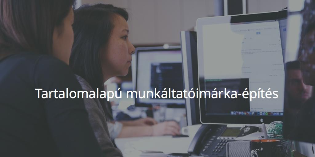 Tartalomalapú munkáltatói márkaépítés: dolgozók számítógép előtt irodában